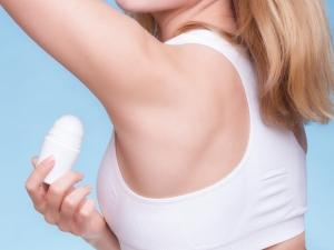 汗に悩む女性におすすめ!ネットで話題の汗対策グッズ8選