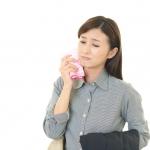 緊張すると汗が顔から大量に出る理由と解決法!