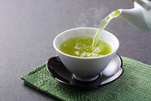 お茶を飲むと汗のニオイが抑えられるって本当?