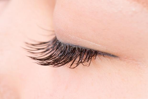 つけまつげ False eyelashes of the Asian woman